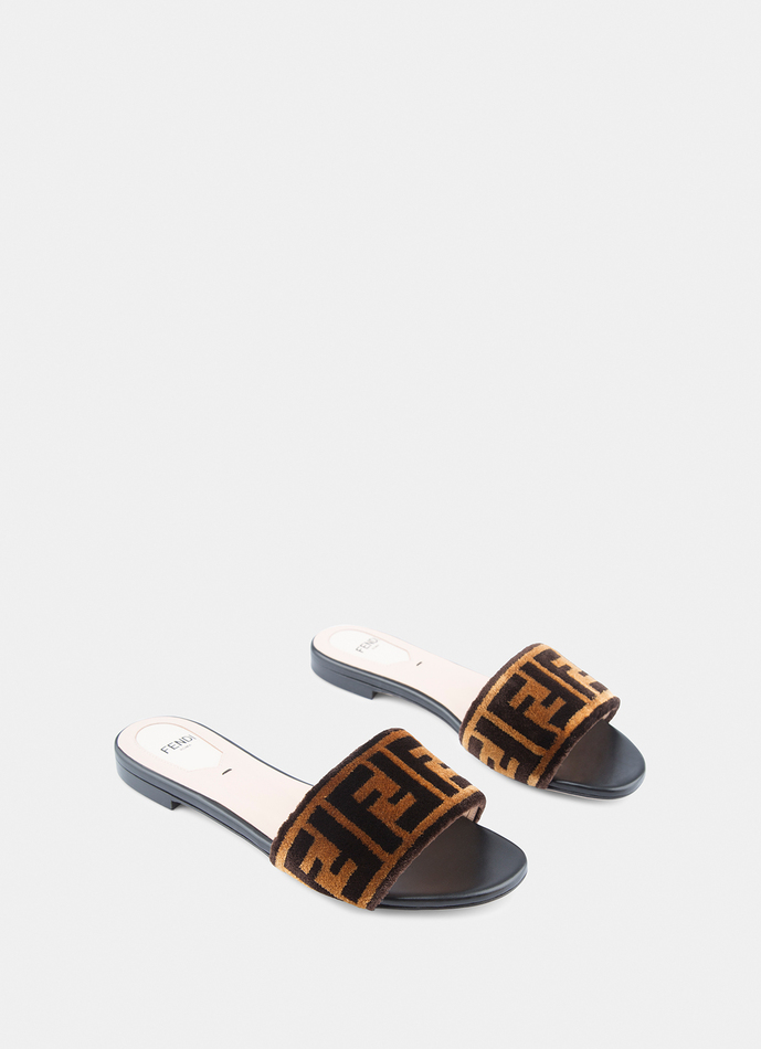 745f8ae0b62 Fendi OPEN TOE FLAT SANDALS